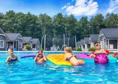 domki-z-basenem